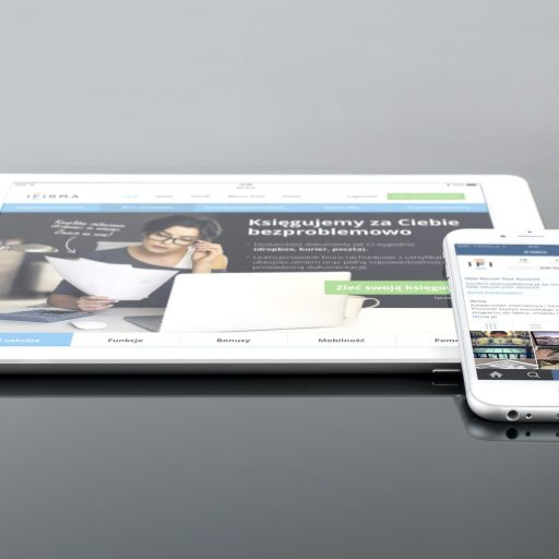 mockup-psd-ipad-iphone-38639 (1)
